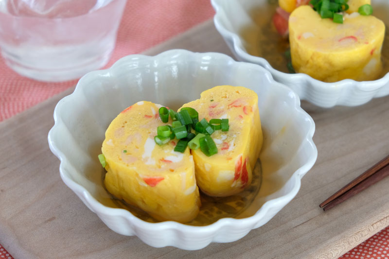メインビジュアル:〈10分でできる!おつまみレシピ④〉レンジで作る出汁巻き玉子
